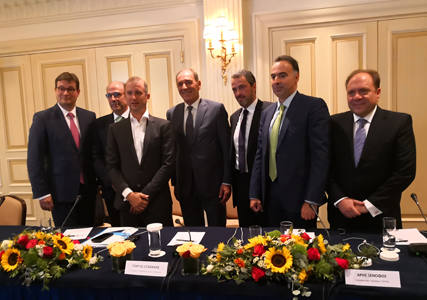 Agreements signed for Desfa